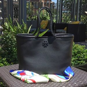 🛍 Gorgeous Tory Burch Large Tote